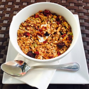 Granola mixed berries