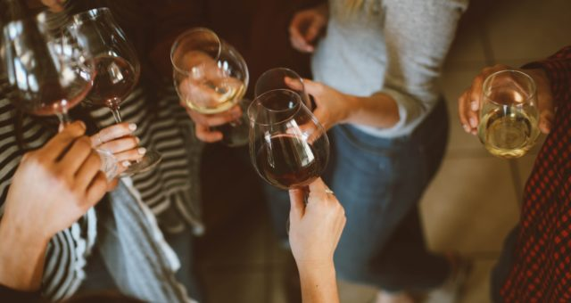 """How To Host A French """"Apéro"""" –  Part 1: The Drinks"""