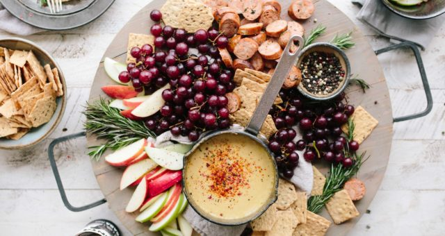 """How To Host A French """"Apéro"""" –  Part 2: The Food"""